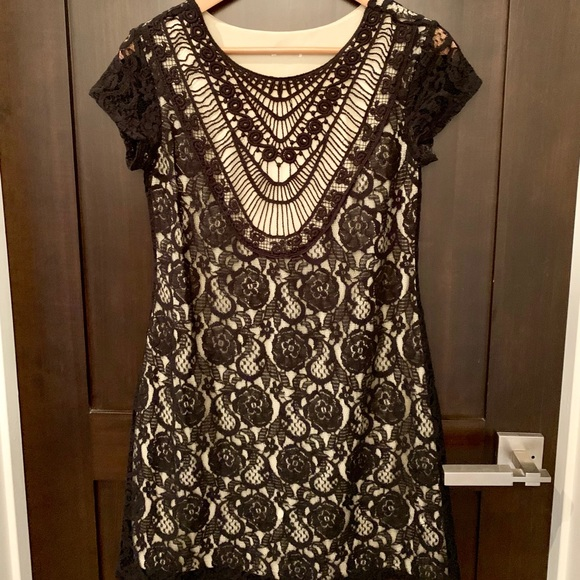 Target Dresses & Skirts - Cute lace dress.